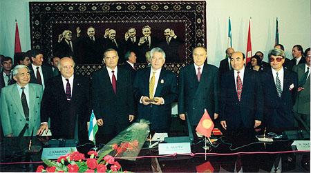 С.Демирел, И.Каримов, Ч.Айтматов, Г.Алиев, А.Акаев, А.Токтосартов